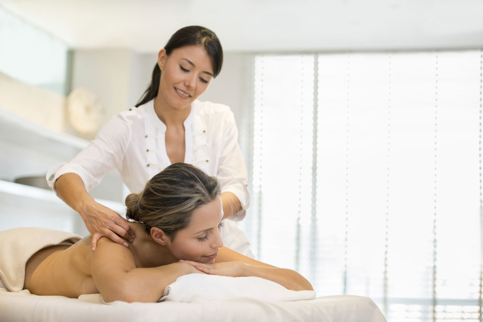 Flexible Schedules for our Massage School in Houston